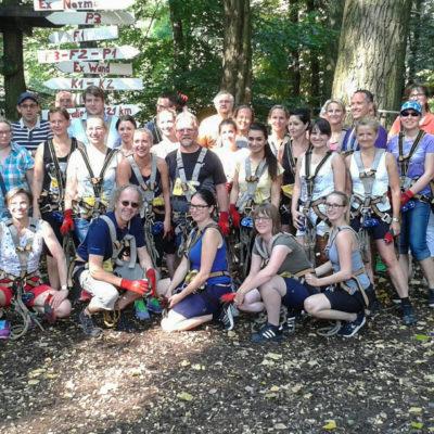 Klettergarten Teambuilding Ausflug Lighthouse Steuerberatung Team